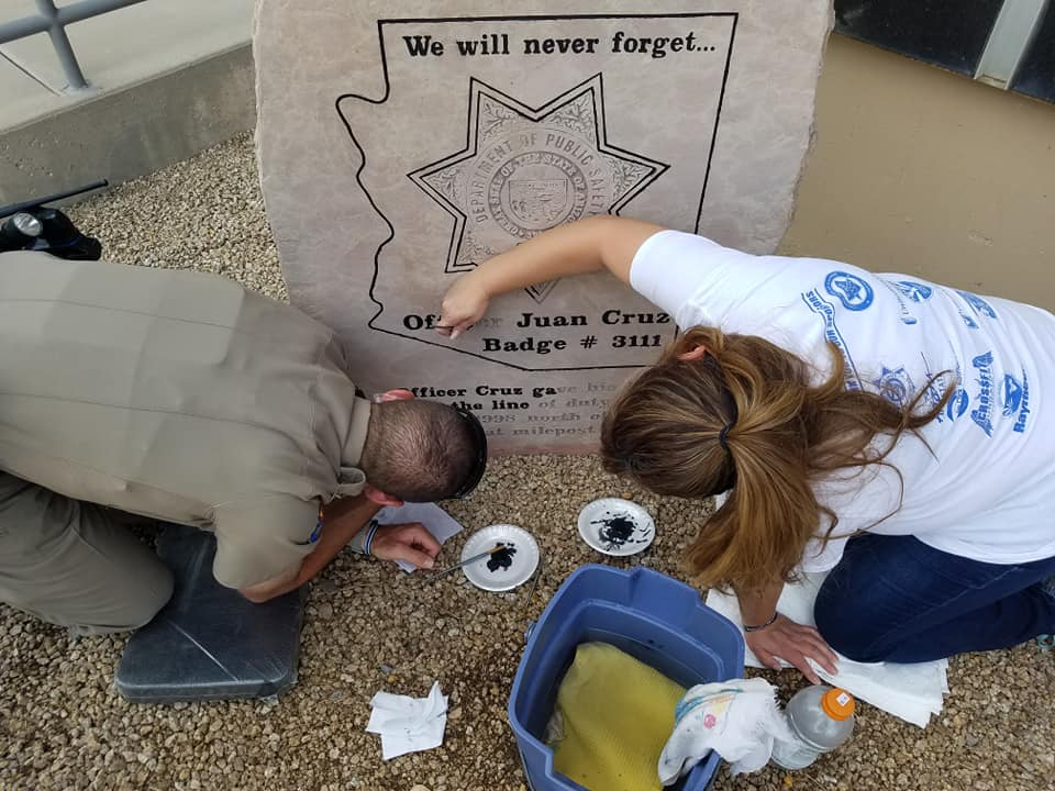 Cruz Memorial